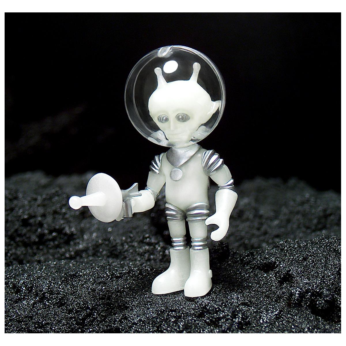 Untitled-1_0001_Alpha-7-Cosmic-Radiation-WEB-4
